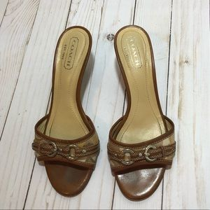 Coach Maddy slip on sandals 6.5B